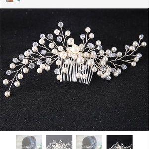 Vintage pearl bridal comb